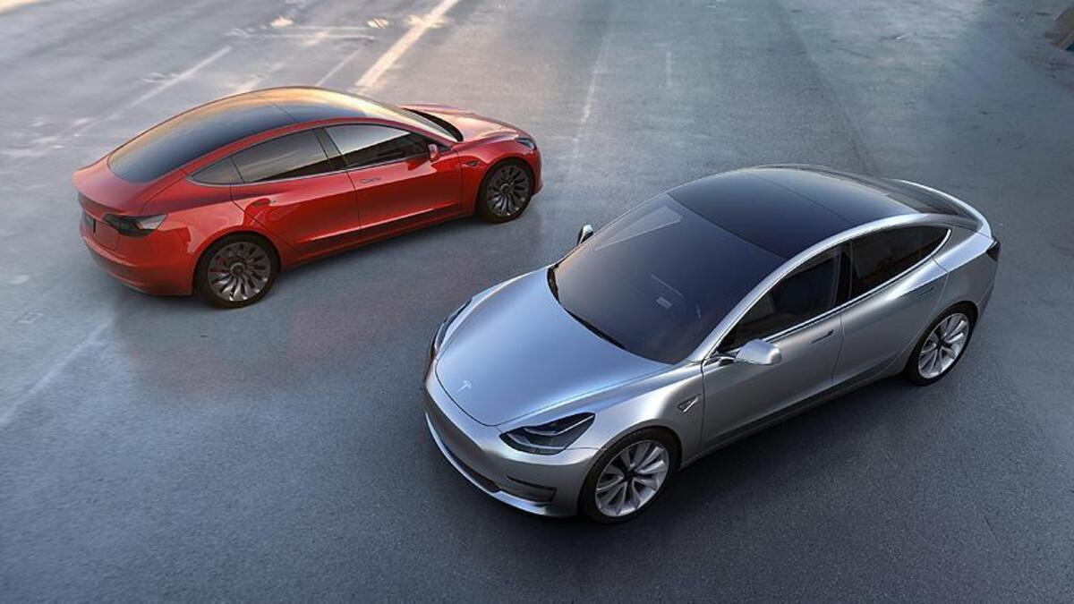 Tesla'dan 158 bin aracıyla ilgili flaş karar