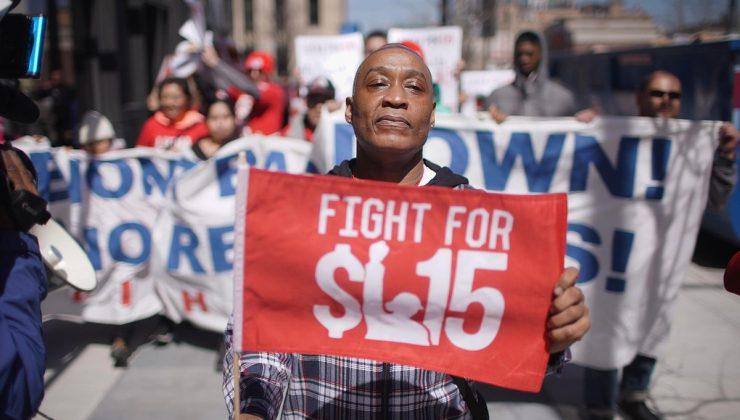 ABD'de asgari ücrete zam tartışması