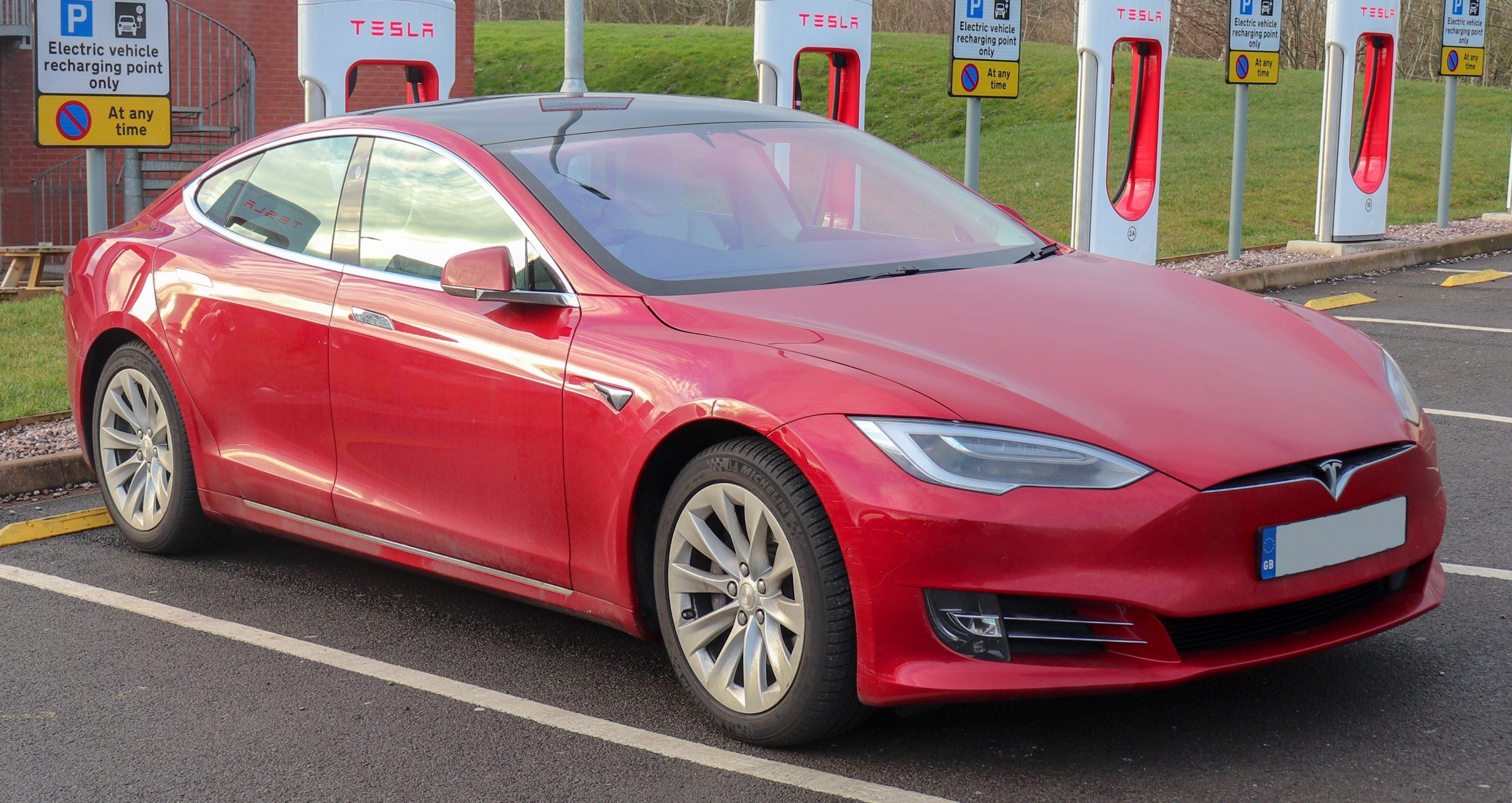 ABD'de Tesla'ya uyarı