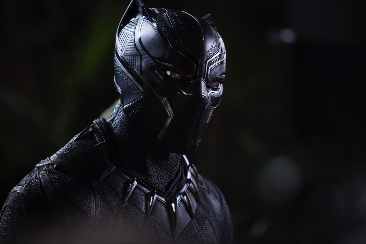 """Oscar'lı film """"Black Panther"""" dizi oluyor"""