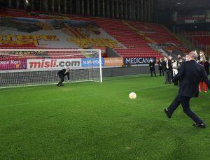Erdoğan'dan paylaşım: Durmak yok, gollere devam