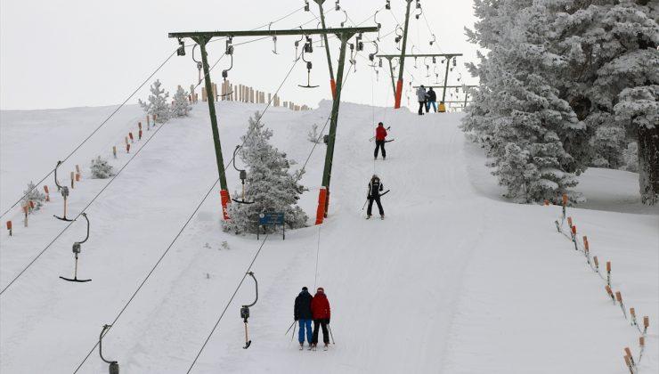 Kartalkaya'da hafta sonunda kayak keyfi