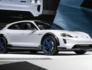 Porsche'den, elektrikli otomobil konseptine yeni boyut