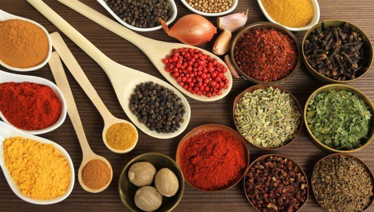 Baharatlı yiyecekler yemenin 5 faydası