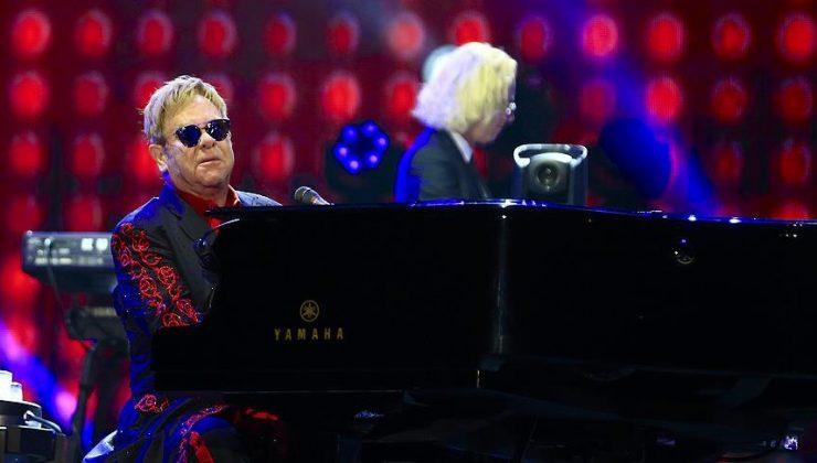 Elton John, Metallica ile çalıştığını duyurdu