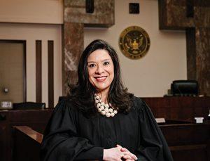 Yargıç Salas, trajedi sonrası kürsülere geri döndü