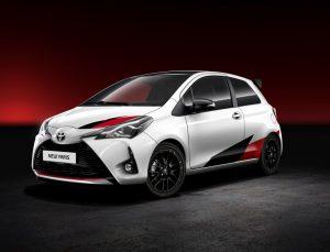 """Toyota Yaris, """"Yılın Otomobili"""" seçildi"""
