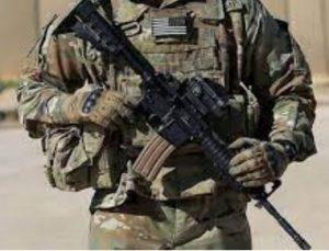 ABD'de iki kişiyi yaralayan asker çatışmada öldürüldü