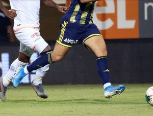 Fenerbahçe, deplasmanda Alanyaspor'la  berabere kaldı
