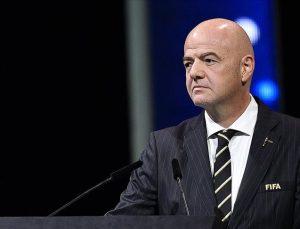 FIFA Başkanı Infantino: Ya giderler ya da kalırlar