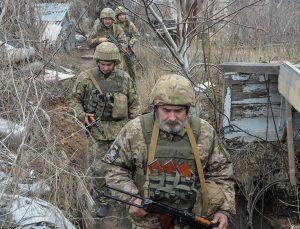 NATO: Rusya, Ukrayna sınırındaki askeri yığınağı derhal sonlandırsın