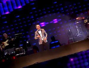 Serdar Ortaç yeni şarkısını tanıttı