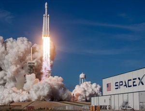 Uzay aracında tanımlanamayan cisim paniği