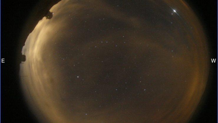 Gökyüzünde esrarengiz parlamalar… Gerçek ortaya çıktı