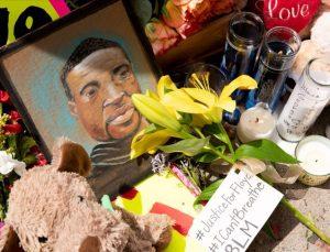 George Floyd'u öldürmekle suçlanan polis yeniden yargılama istedi