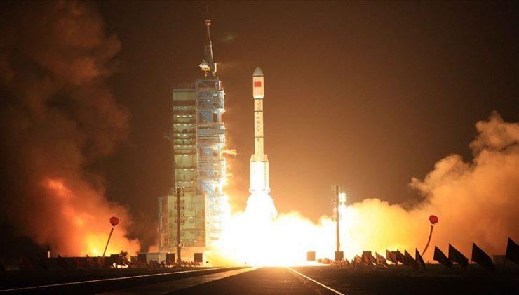Gökbilimciler Çin roketini ilk kez görüntülemeyi başardı