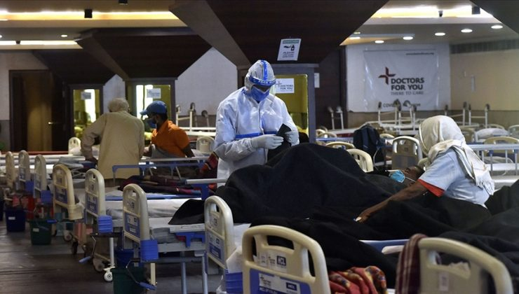 Hindistan'da 24 hastanın oksijen yetersizliğinden öldüğü iddia edildi