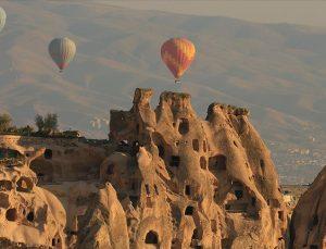Kapadokya nisanda 74 bin ziyaretçiyi ağırladı