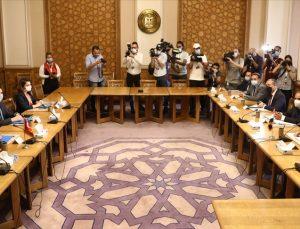 Türk ve Mısır siyasi istişareleri Kahire'de başladı