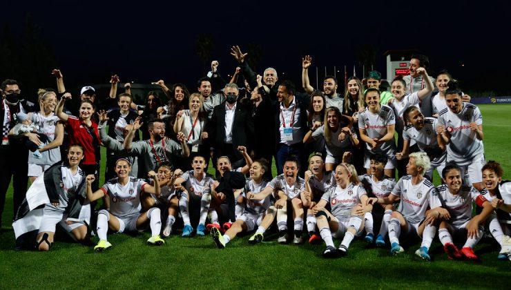 Turkcell Kadın Futbol Ligi'nde Beşiktaş Vodafone şampiyon oldu