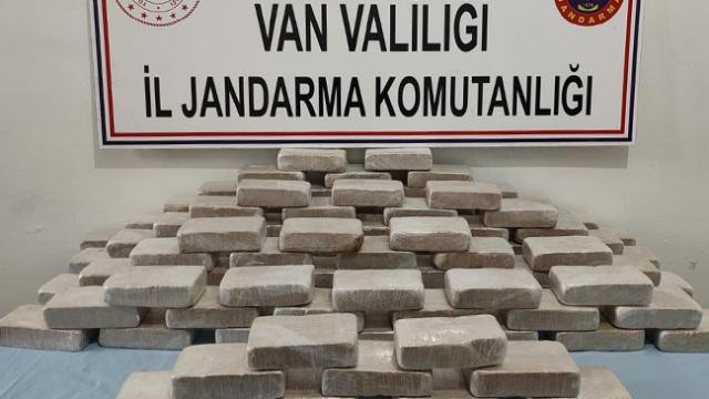 Van'da 102 kilogram uyuşturucu ele geçirildi