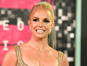 Britney Spears 'baba vesayetinden' kurtulmak istiyor!