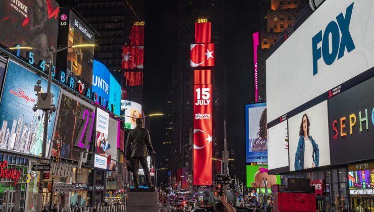 Times Meydanı'nda 'Türkiye geçilmez' mesajı