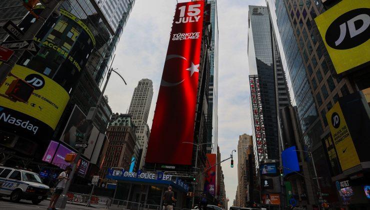 ABD'de 15 Temmuz New York'ta dijital görsellerle anlatıldı