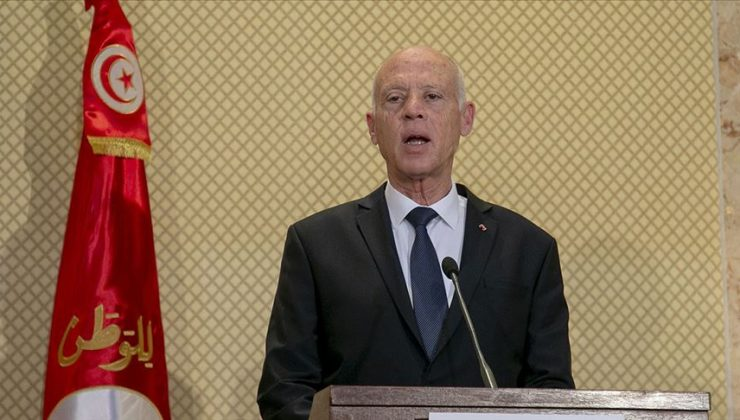 Tunus Cumhurbaşkanı Said meclisin tüm yetkilerini dondurdu