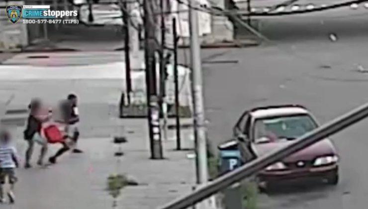 5 yaşındaki çocuğu annesinin yanından kaçırmaya çalıştılar