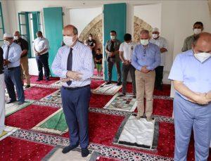 Kapalı Maraş'ta Bilal Ağa Mescidinde ilk cuma namazı