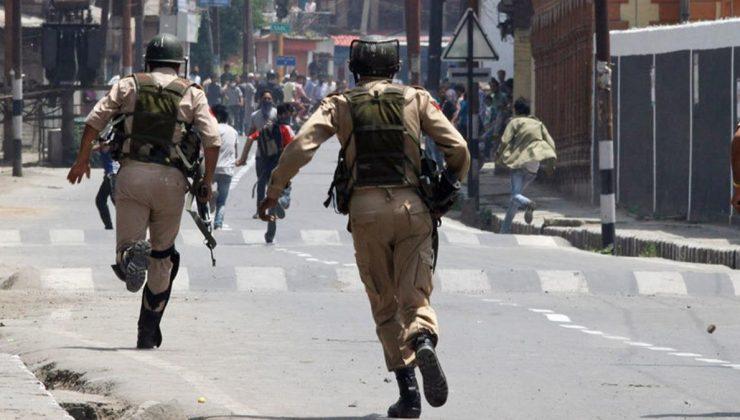 Hindistan'ın Assam ve Mizoram eyaletleri sınırındaki şiddet olaylarında 6 polis öldü