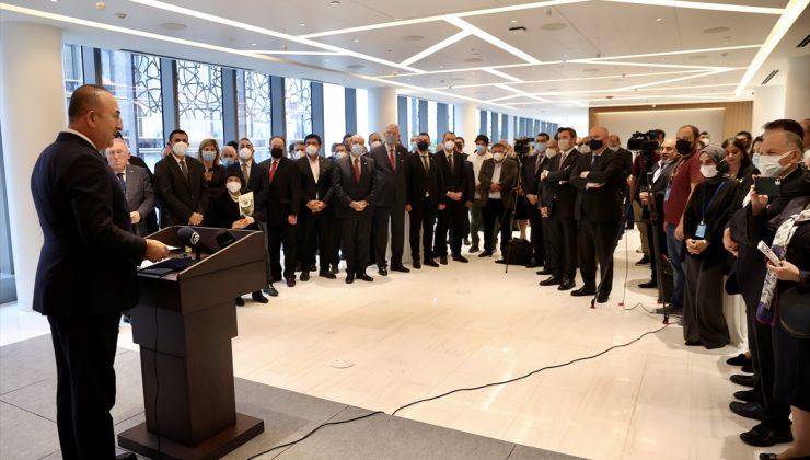 """""""Milli davamız Kıbrıs'ı birlikte sonuna kadar savunmaya devam edeceğiz"""""""