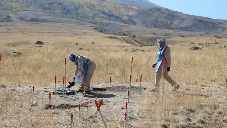 Türkiye-İran sınırındaki 80 bin mayının temizlenmesine başlandı