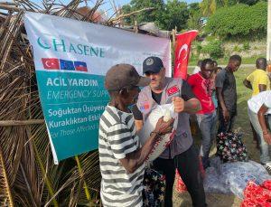 ABD'deki Türkler, Haiti depremzedeleri için toplanan yardımları ulaştırdı