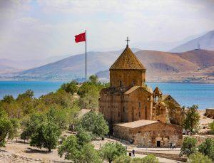 Akdamar Kilisesi 9. ayine ev sahipliği yapacak