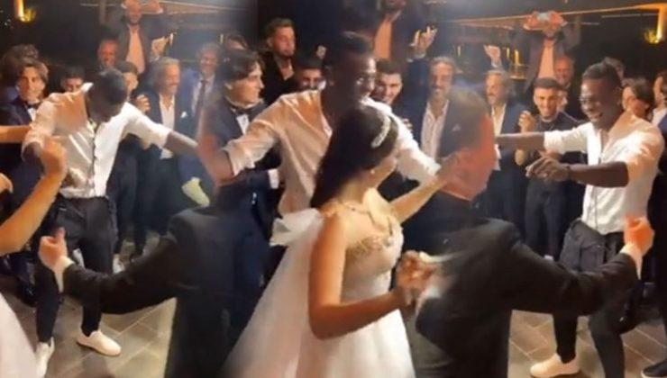 Balotelli'den 'Kara Üzüm Habbesi' performansı