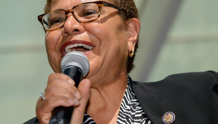 Karen Bass, Los Angeles belediye başkanlığına aday