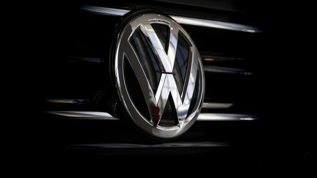 Volkswagen'den AB'deki tüm müşterilerine tazminat ödemesi isteniyor