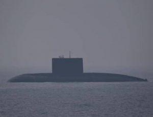 Pakistan'dan Hint denizaltısına engelleme