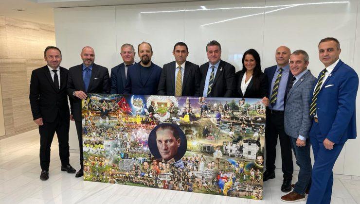 ABD'Lİ Fenerbahçelilerden Başkonsolosluğa ziyaret