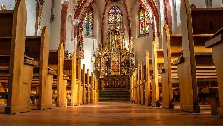 Fransa'daki kiliselerde 216 bin çocuk cinsel istismar mağduru
