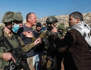 İsrail polisi Mevlit Kandili kutlamalarına müdahale etti