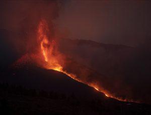Cumbre Vieja bir ayda 85 milyon metreküp lav püskürttü
