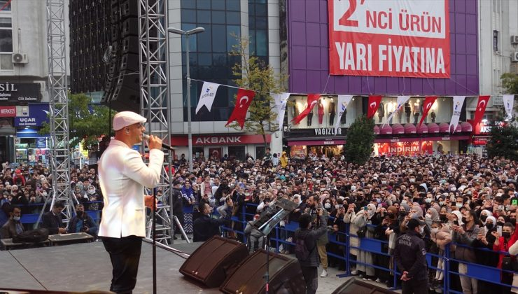 Maher Zain İstanbul Esenler'de konser verdi
