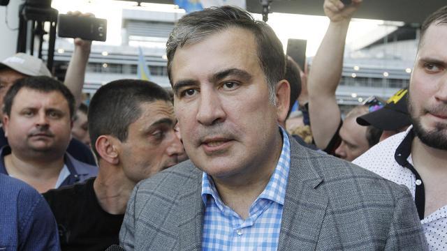 Saakaşvili, Gürcistan'a yasa dışı yollarla girmekle suçlandı